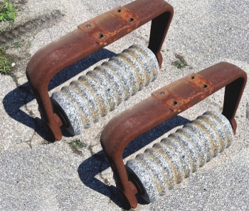 Cast Iron Granite Bench and Table Legs  - 1587