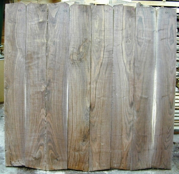 Bookmatched Walnut Set - 551